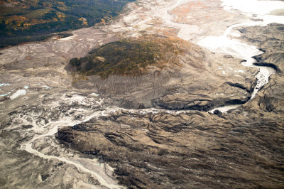 "alt=""Climate Change Reroutes a Yukon River in a Geological Instant"""