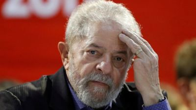 "alt=""Brazil's ex-President Lula convicted of corruption & sentenced to 9 yrs in prison"""