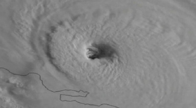 Hurricane Irma pummels Turks and Caicos islands
