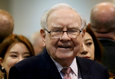"alt=""Warren Buffett proclaims optimism for America's financial future"""