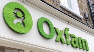 "alt=""U.K. reviewing Oxfam ties after sex abuse scandal in Haiti"""