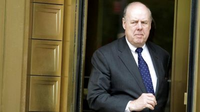 "alt=""Donald Trump's top Russia lawyer John Dowd resigns"""