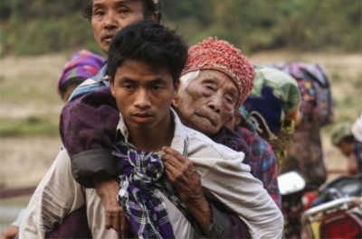 "alt=""Myanmar violence: Thousands flee fresh fighting in Kachin state"""