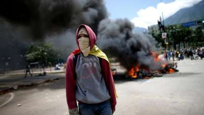 "alt=""To understand Venezuela's future, look to bond market, not politics & protests"""