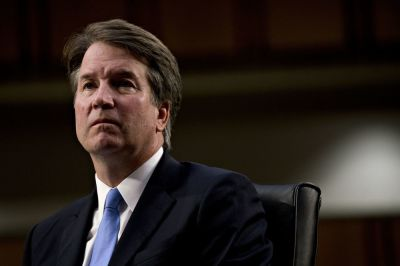 "alt=""Key Republican Wants Kavanaugh Charge Probed as Trump Backs Pick"""