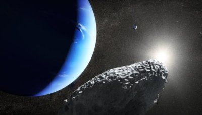 "alt=""Tiny Neptune moon spotted by Hubble may have broken from larger moon"""